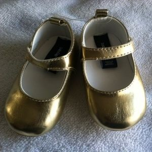 Rare Baby Gap Gold Toddler  3 - 6 months